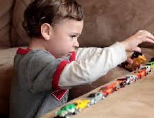 Αυτισμός: Γιατί αποφεύγουν τα παιδιά την επαφή των ματιών