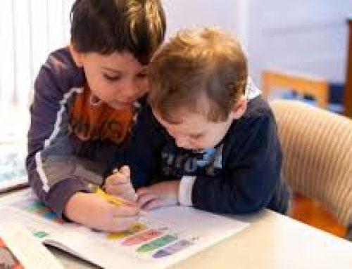 Αυξημένος κίνδυνος διαταραχών για μικρότερα αδέρφια των παιδιών με αυτισμό