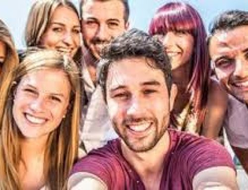 Οι θετικές κοινωνικές σχέσεις αυξάνουν την αυτοεκτίμηση και το αντίστροφο